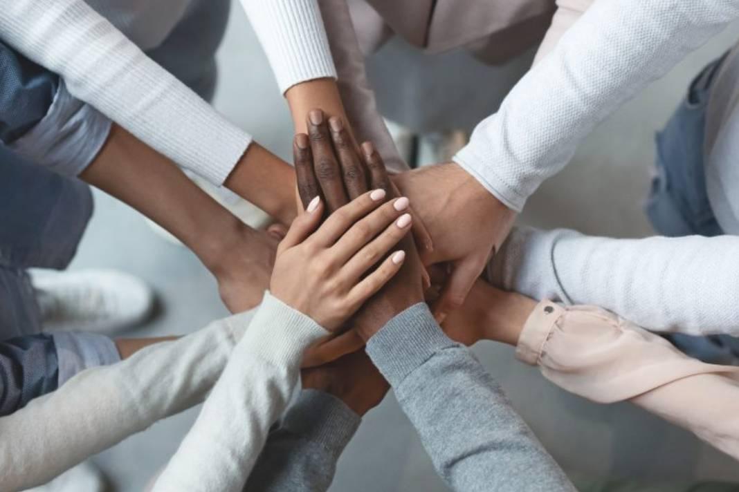 Qual a importância do tema 'fraternidade' para a Igreja?